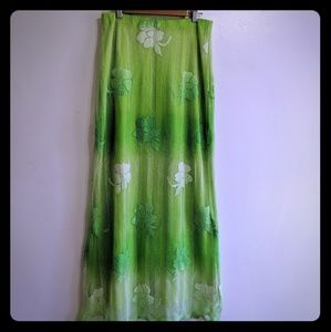 Dresses & Skirts - Green and white floral skirt